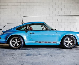 Custom Porsche 911 by Singer