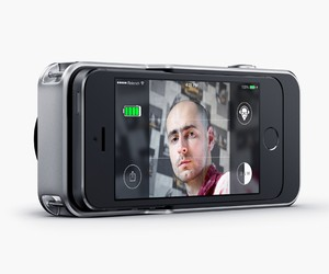 Relonch Camera Case for iPhone