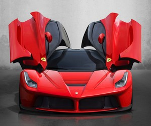 LaFerrari – 2013 – launch at Geneva Motor Show
