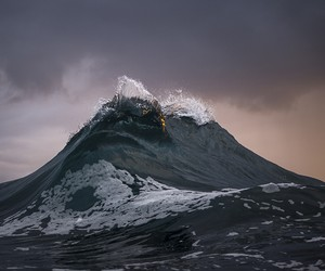Mesmerizing Waves & Seascapes Photography By Ray C