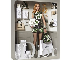 Supermodels Pose Like Living Dolls for Vogue Paris