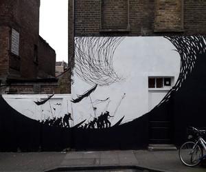 """""""The Wave"""" by David de la Mano in London"""
