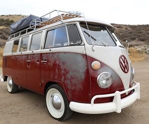 1967 VW Bus Icon Derelict