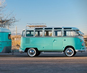 1963 VW Microbus with Trailer