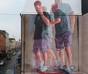 """Walking in Circles"" by Artist Fintan Magee"