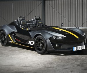 Zenos E10R Car is Small But Badass