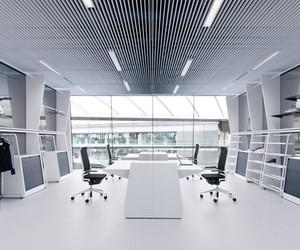adidas office interior by kinzo