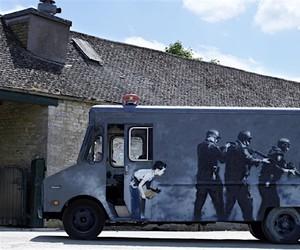 SWAT-Van von Banksy