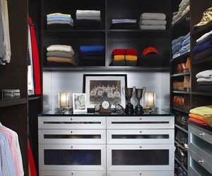 Closet Organization For a Cluttered Space