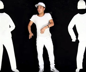 The cool stop-motion dance by Ryan Higa