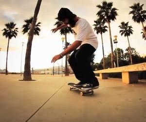Skateboarding: Forward Slash Remix – Manolo Robles