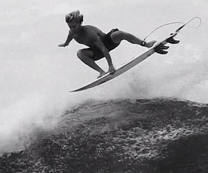 "Surfing: Harry Timson ""Black & White"" Clip"
