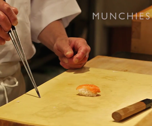 Munchies: How to Eat Sushi