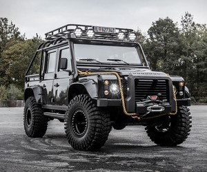 Land Rover Defender Tweaked Spectre Edition