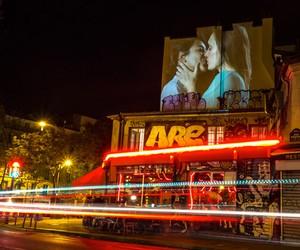 "Julien Nonnon ""French Kiss"" digital art in Paris"