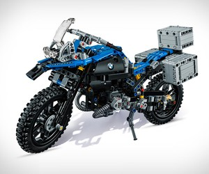 LEGO BMW GS Adventure