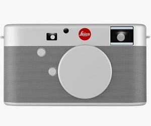Leica x Jony Ive camera for (Product) RED auction
