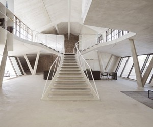 Loft in an old tank hall in Salzburg by smartvoll