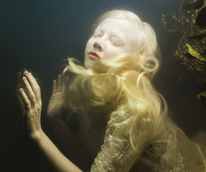 The floating Under Water World of Mira Nedyalkova