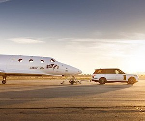 Range Rover Astronaut Edition by Virgin Galactic