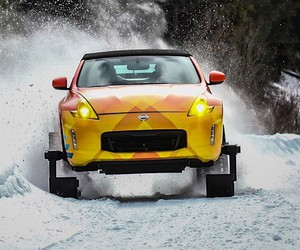 Nissan transforms a 370Z to a fast-moving snowcar