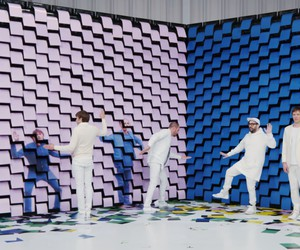 OK Go uses 567 printers for their music video
