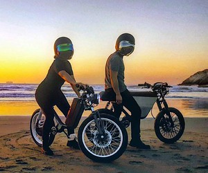 Onyx motorbikes are e-bikes in moped-look