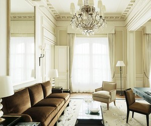 YOU CAN RENT COCO CHANEL'S SUITE AT THE RITZ PARIS