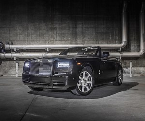 10 Photos of the Rolls-Royce 'Nighthawk'